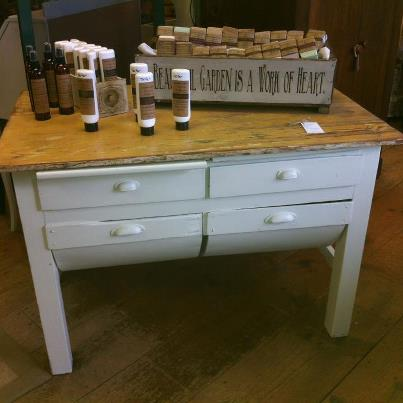 Baker S Table Appletree Cottage Antiques Amp Home